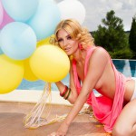 DemmiSweet-petite-sweet-cam-blonde-3